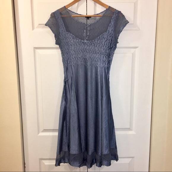 Komarov Dresses & Skirts - Komarov charmeuse satin figure flattering dress.